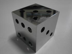 サイコロ(t=0.8) (SUS+ファイバーレーザー溶接)