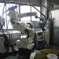 プラズマ溶接ロボット
